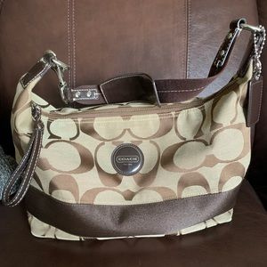 Coach purse— great condition!